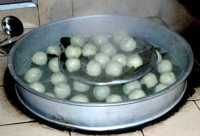"""清明节食俗:福州特有的""""菠菠粿""""(清明粿)"""
